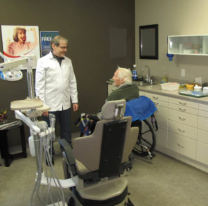 Cliff in the denture clinic