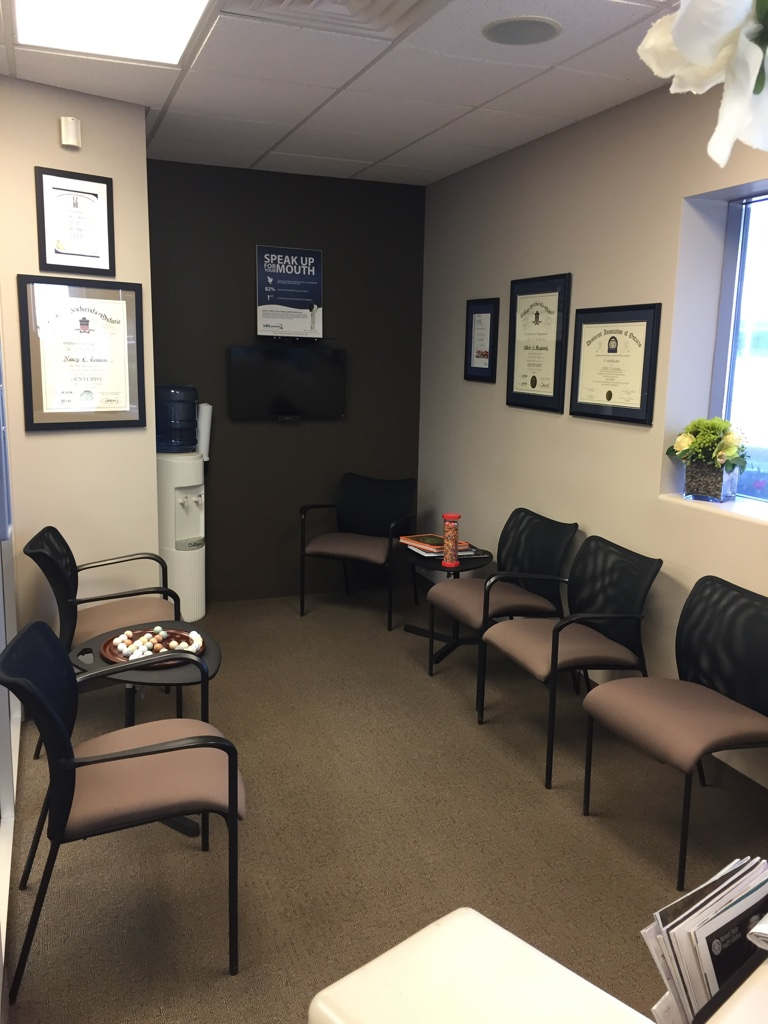 Denture office waiting room