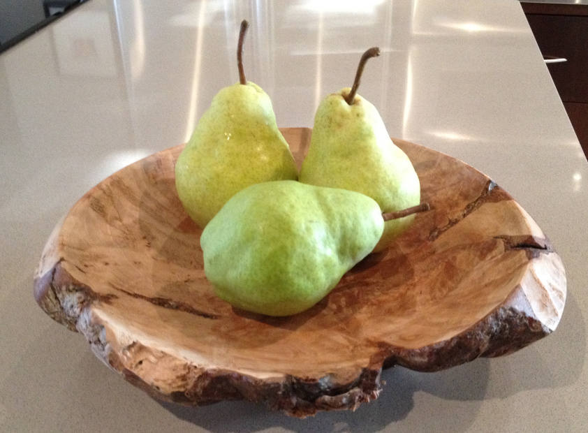 Eating pears with dentures